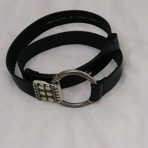 CHICOS leather belt